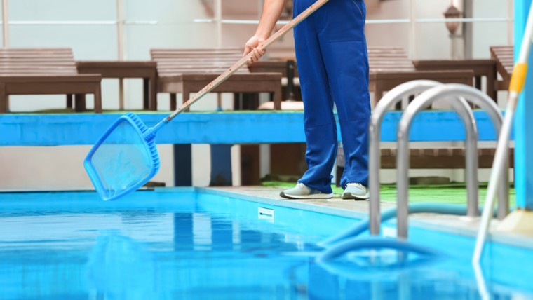 pool cleaning services abu dhabi